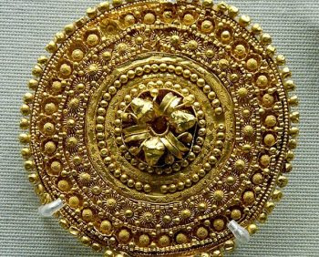 Pendiente etrusco de filigrana en oro, siglo V AC